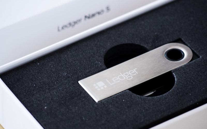 Ledger Nano S návod kryptomeny peňaženka